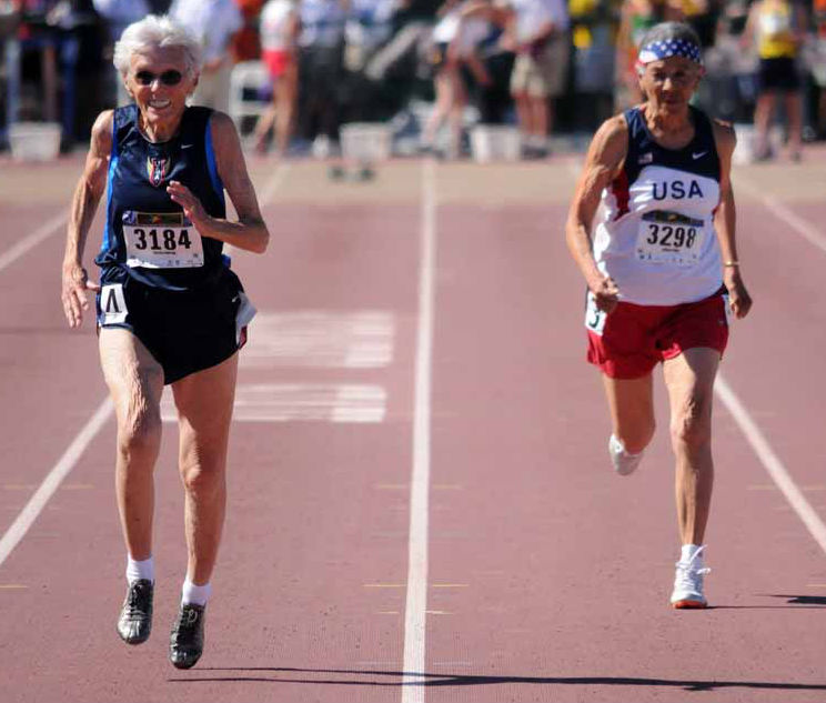 Pat Peterson (left) leads friend Johnnye Valien at 2011 Sacramento worlds.