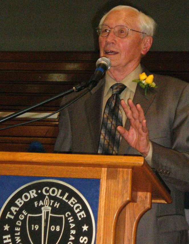 Willis at 2007 Tabor College Hall of Fame induction.