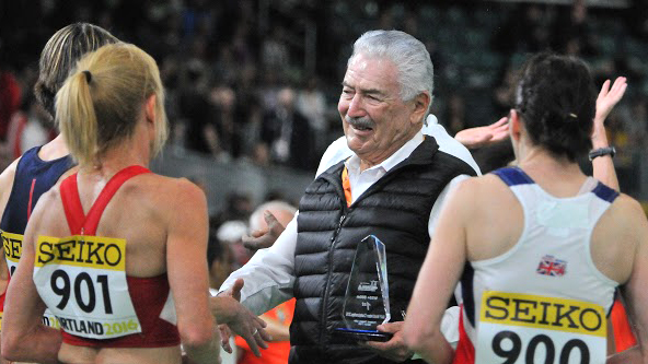 Cesar congratulates women at IAAF Portland W55 800 race.